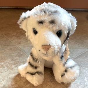 """NWT 8"""" Animal Den White Stuffed Tiger Plush"""